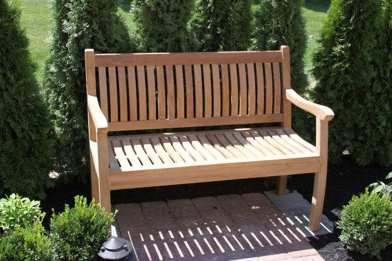 Chalfont Bench - Click Image to Close