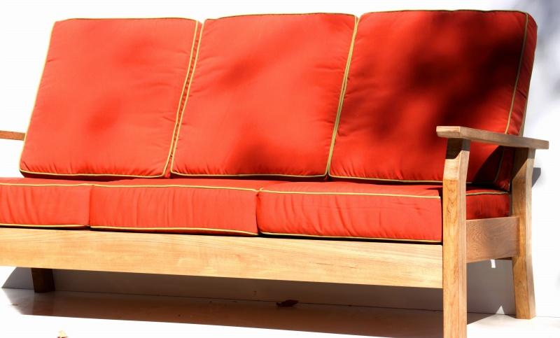 http://www.benchsmith.com/images/deep_sofa1.jpg