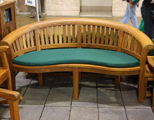 Halfmoon Bench - Click Image to Close