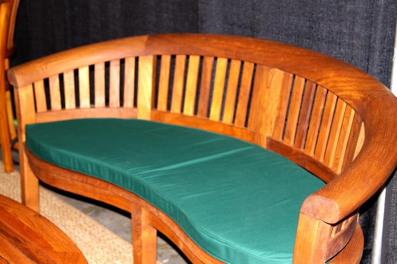 Excellent Halfmoon Bench Cushion 7Hm B 179 00 Benchsmith Com Pabps2019 Chair Design Images Pabps2019Com